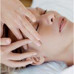 Masažas kuris pagerina odos būklę aplink akis. Masažas atliekamas rankomis. Šio masažo metu: atsipalaiduoja akies žiedinis raumuo pagerėja odos aplink akis kraujotaka ir limfotaka, dėl to sumažėja patamsėję paakiai, sumažėja […]